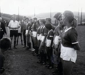 Frauenfuball_02.jpg